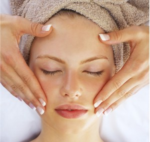facial-treatment-300x285